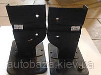 Кронштейн бампера переднего левый 1200160180