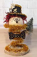 Новогодний веселый Снеговик с маленькой елкой. Декор своими руками. Новогодняя настольная композиция 2021