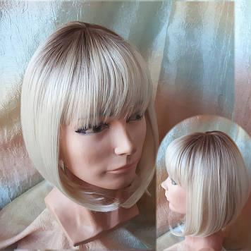 Парик омбре каре термоволос блонд с темными корнями 2140t-613YS33
