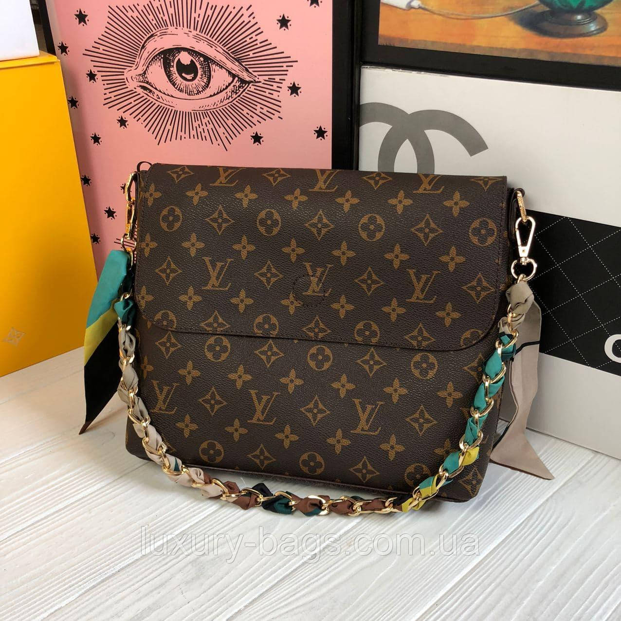 Жіноча сумка планшет Louis Vuitton