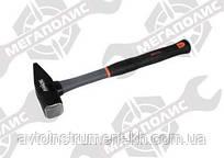 Молоток с пластиковой ручкой 800 гр Miol 30-380