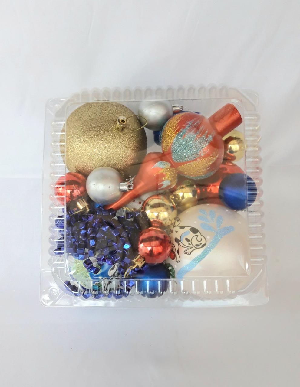 Елочные шары - набор (верхушка, бусы, шары разного диаметра, снежинки и фигурки)