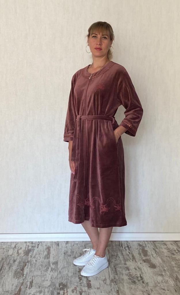 Велюровый халат женский элегантная пудра