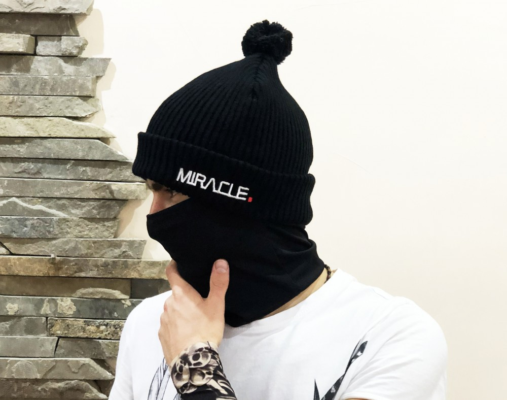 Шапка Miracle Knitwear чорна