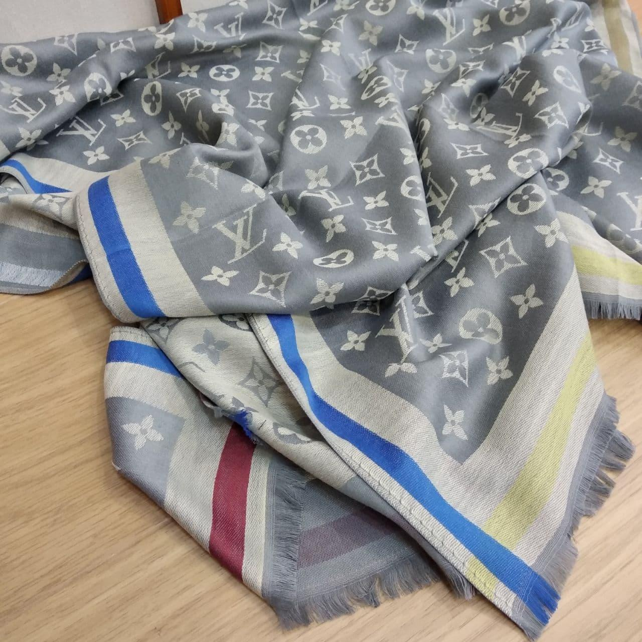 Палантин Louis Vuitton серый
