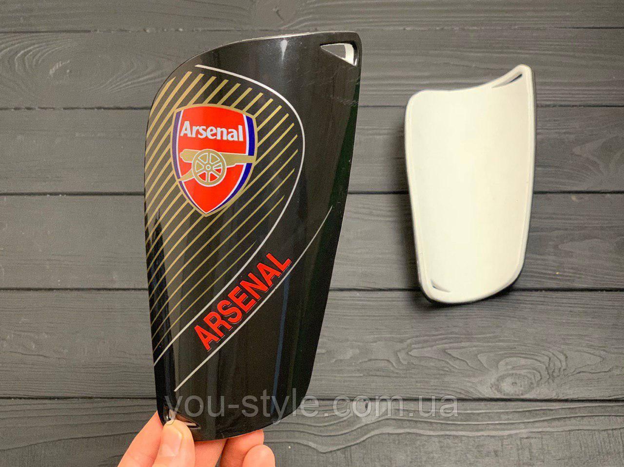 Щитки для футбола  Арсенал черные 1082
