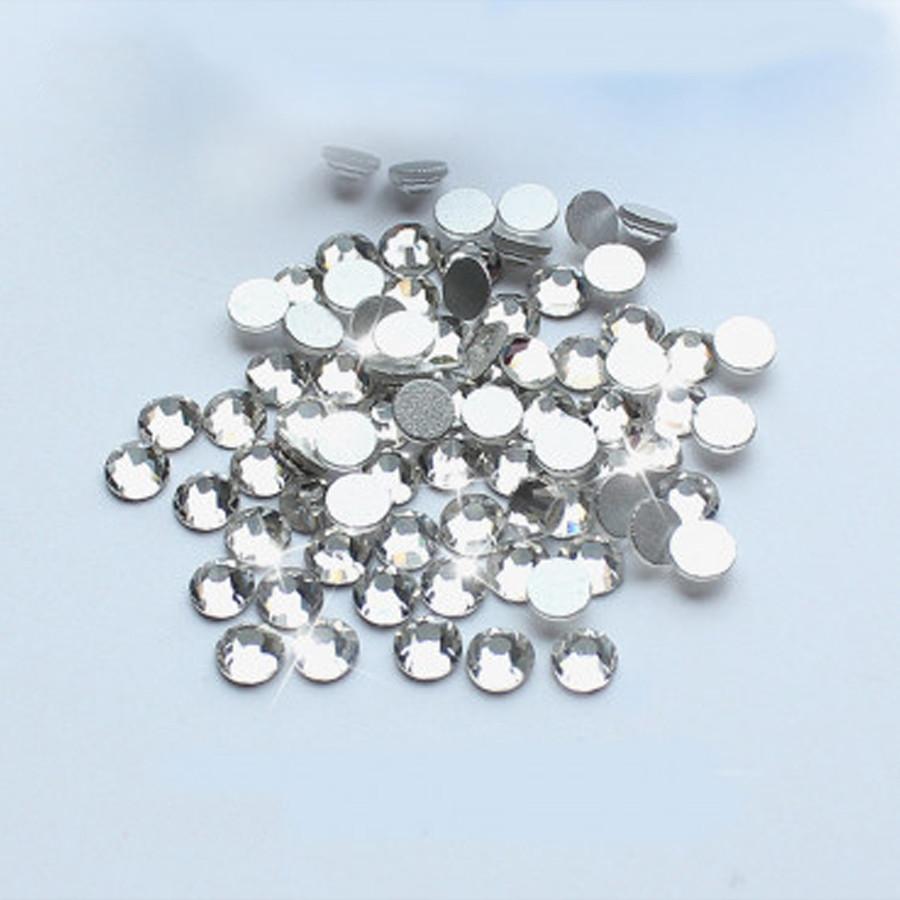Стразы стекляные белые SS5 1400 штук