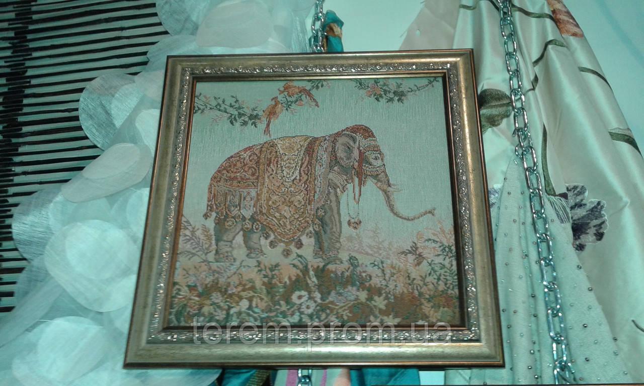 "Гобелен в раме ""Слон"" и ""Верблюд"""