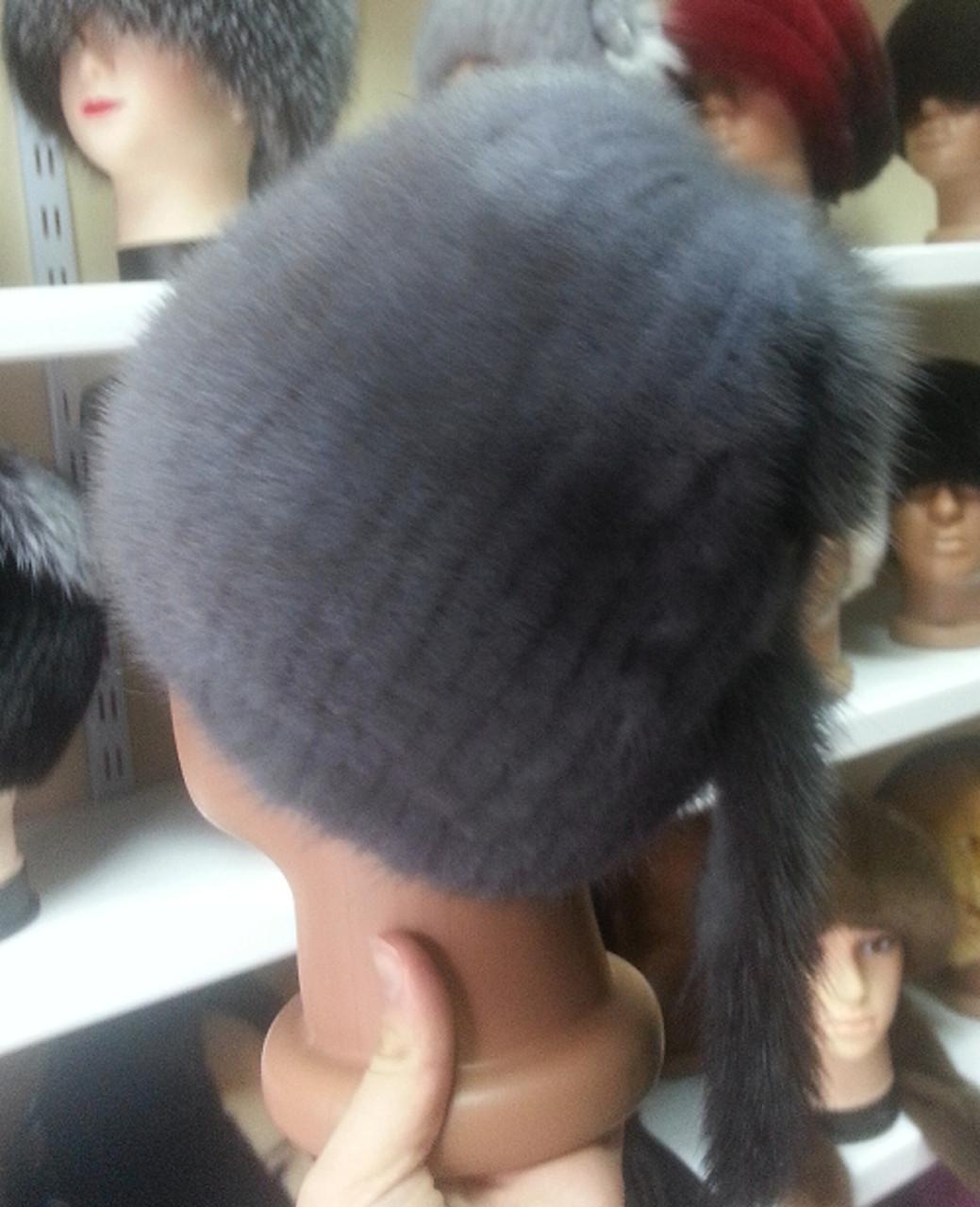 Меховая шапка из серой норки на вязанной основе