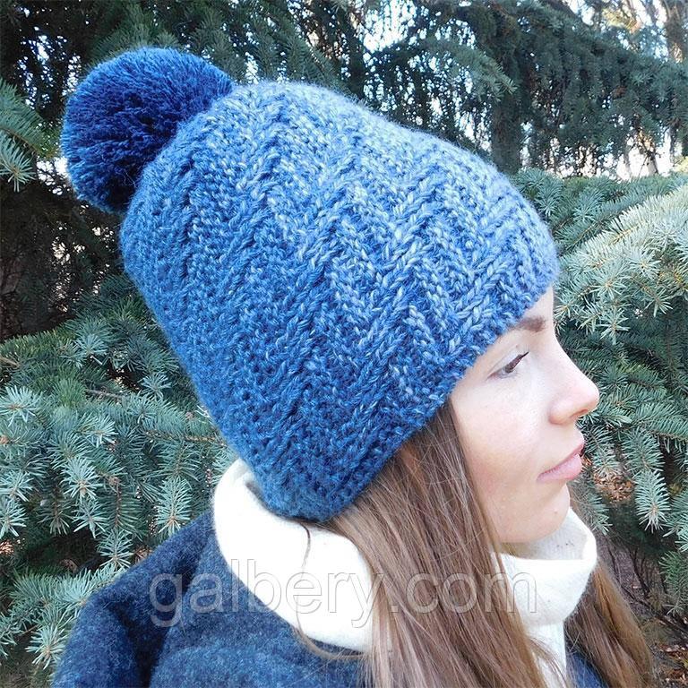 Зимова шапка біні ручної роботи