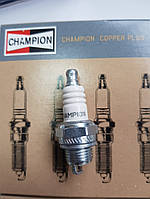 Свеча зажигания CHAMPION 2-х тактная. Артикул - RCJ7Y Made in USA