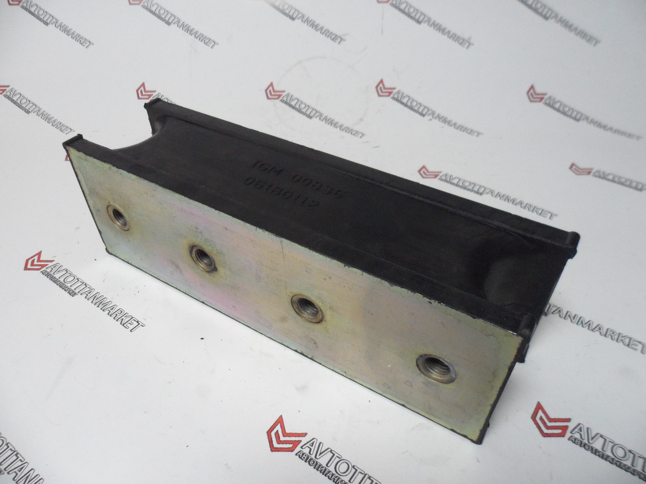 06180112, 06180114 Амортизатор (подушка) катка BOMAG BW4, BW6, BW212, BW213, BW217, BW219  BW213DH-2A, BW213PD