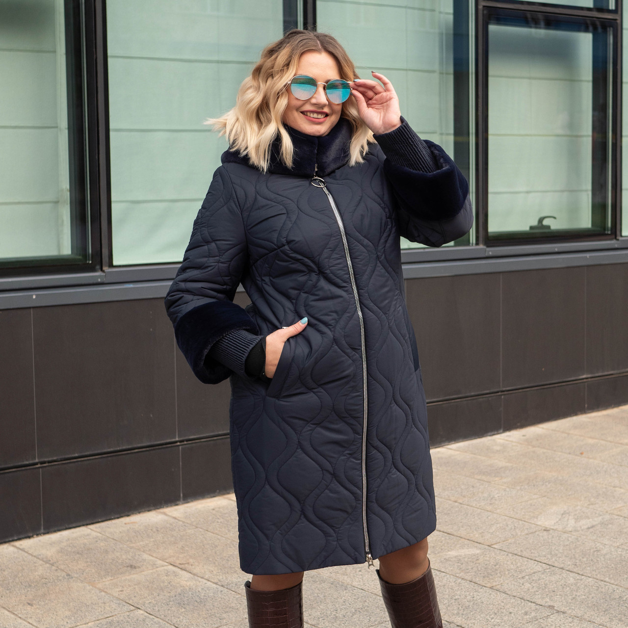 Зимнее женское пальто больших размеров  50-60 темно-синий