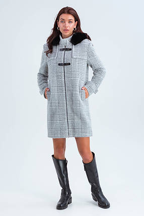 Пальто женское короткое шерстяное зимнее в клетку с мехом Корделия серый цвет, фото 2