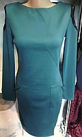 Женское платье со вставками гипюра на плечах
