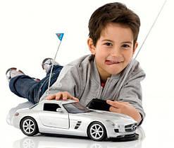 Радіокеровані моделі та іграшки
