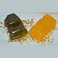 Натуральное детское мыло для умывания в форме машинки (в ассортименте)