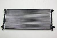 Радиатор охлаждения Volkswagen Passat B3 1988-1993 (1.9D-2.0) 632*322мм по сотах