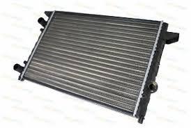 Радиатор охлаждения Volkswagen Passat B4 1993-1996 (1.6-2.0-1.9D АКП АС-) 525*377мм по сотах KEMP