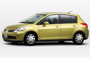 Nissan Tiida 2004-