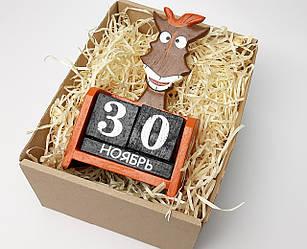 """Подарок на новый год календарь вечынй  """"Конь не просто так"""": деревянный вечный календарь"""