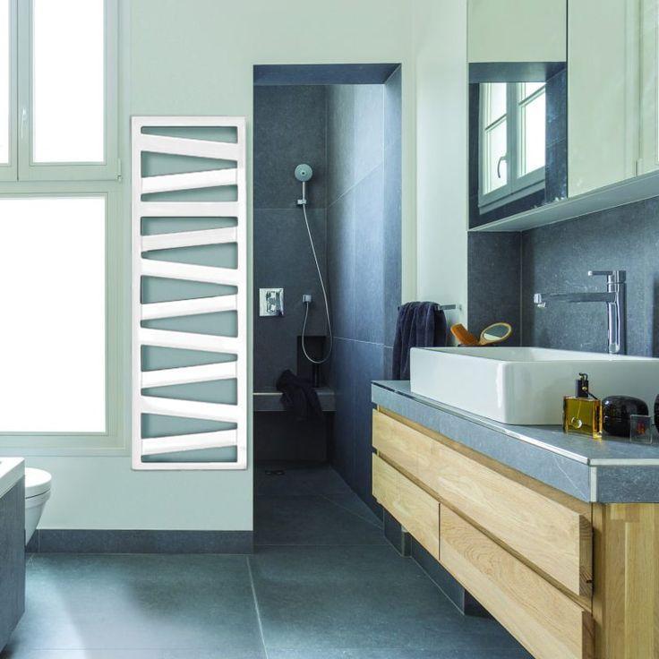 Немецкий полотенцесушитель комбинированный ZEHNDER KAZEANE 500х1226 с теном HOTS скрытый монтаж, белый