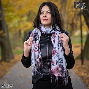 Весняний сірий  шарф Легкість