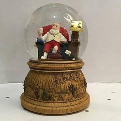 """Новогодний снежный шар """" Санта в Кресле"""""""