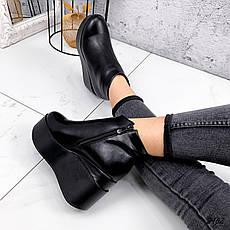 Ботинки женские черные, зимние из эко кожи. Черевики жіночі теплі чорні на на танкетці, фото 2