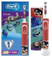 Дитяча електрична зубна щітка + футляр Oral-B Kids Найпопулярніші Герої Pixar 3+