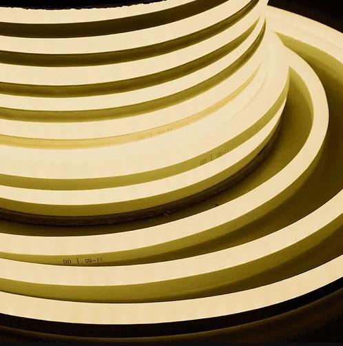 Гибкий Светодиодный Неон LED Теплый Белый 20 м с Переходником 220V