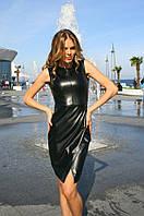 Кожаное платье до колен