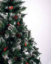"""Ялинки ПВХ """"Різдвяна"""" Елітна з білими кінчиками шишками і калиною"""