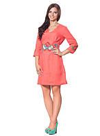 Кораловое платья с вышивкой