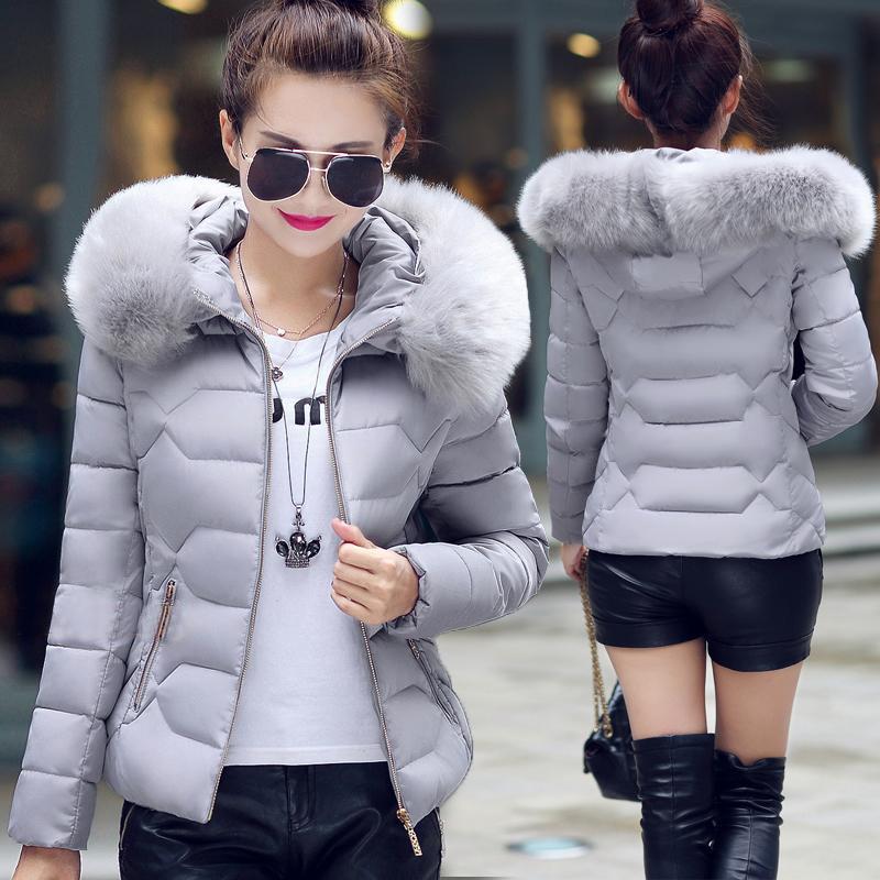 Куртка жіноча демісезонна хутряний комір з капюшоном