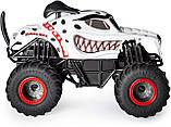 Monster Jam Внедорожник на пульте 1:24 Монстер Джем Трак Hot Wheels Monster Truck Mutt Dalmatia джип, фото 3