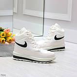 Молодежные высокие белые зимние женские кроссовки текстиль плащевка, фото 6