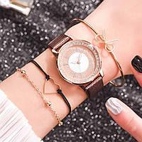 Женские наручные часы и 3 браслета в комплекте с коричневым ремешком