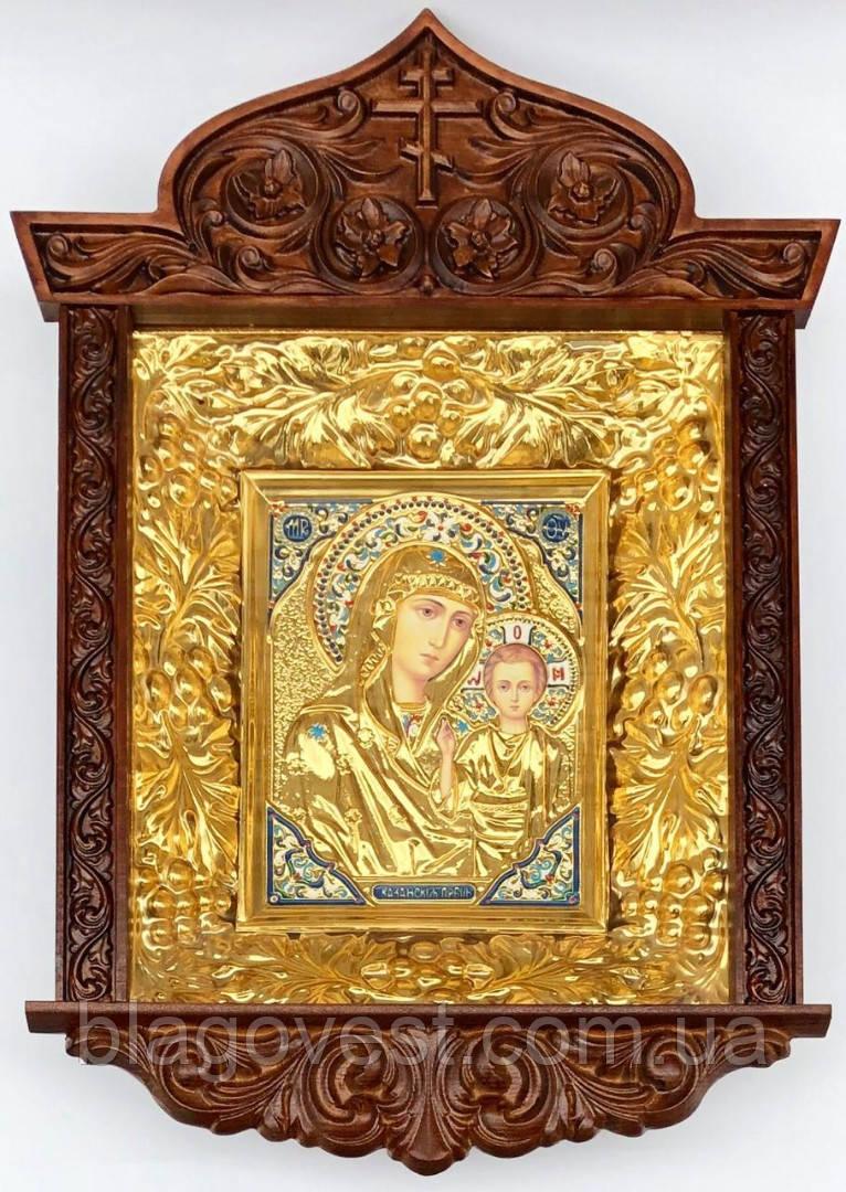 Икона Богородицы в ризе резной киоте виноград (53х70)