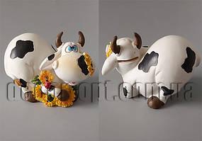 Коровка с цветами лежачая 10х14х8см A