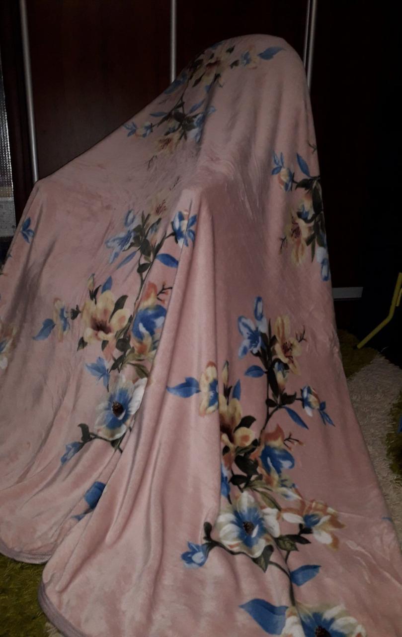 Велюровий плед покривало Квіти на рожевому євро розмір 200 х 220 см