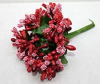 Сложные тычинки красные