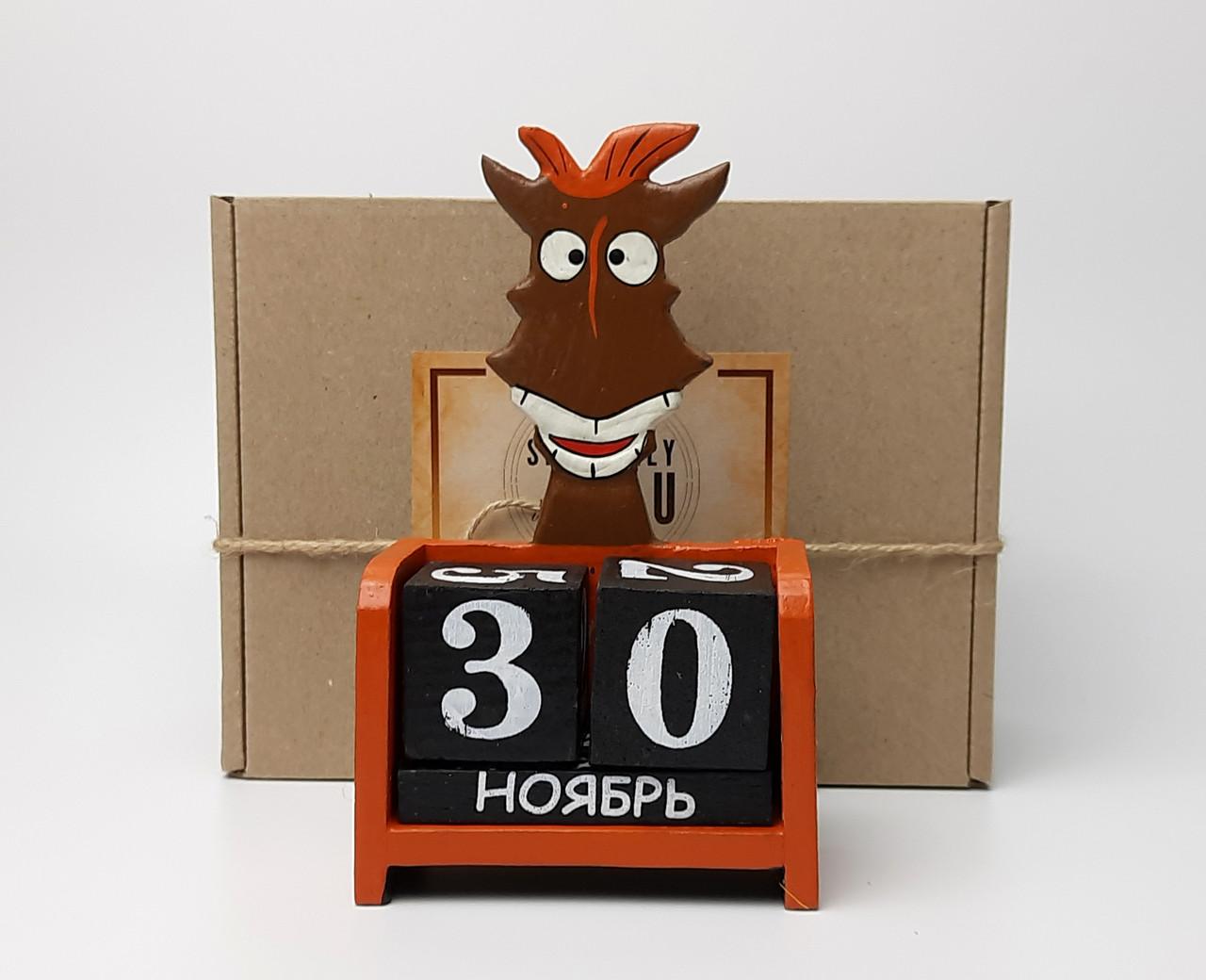 """Новогодний подарок """"Конь не просто так"""": деревянный вечный календарь - Символ времени и цикличности жизни"""
