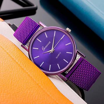 Жіночі наручні годинники з фіолетовим ремінцем код 630