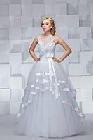 Свадебное платье с атласными лентами
