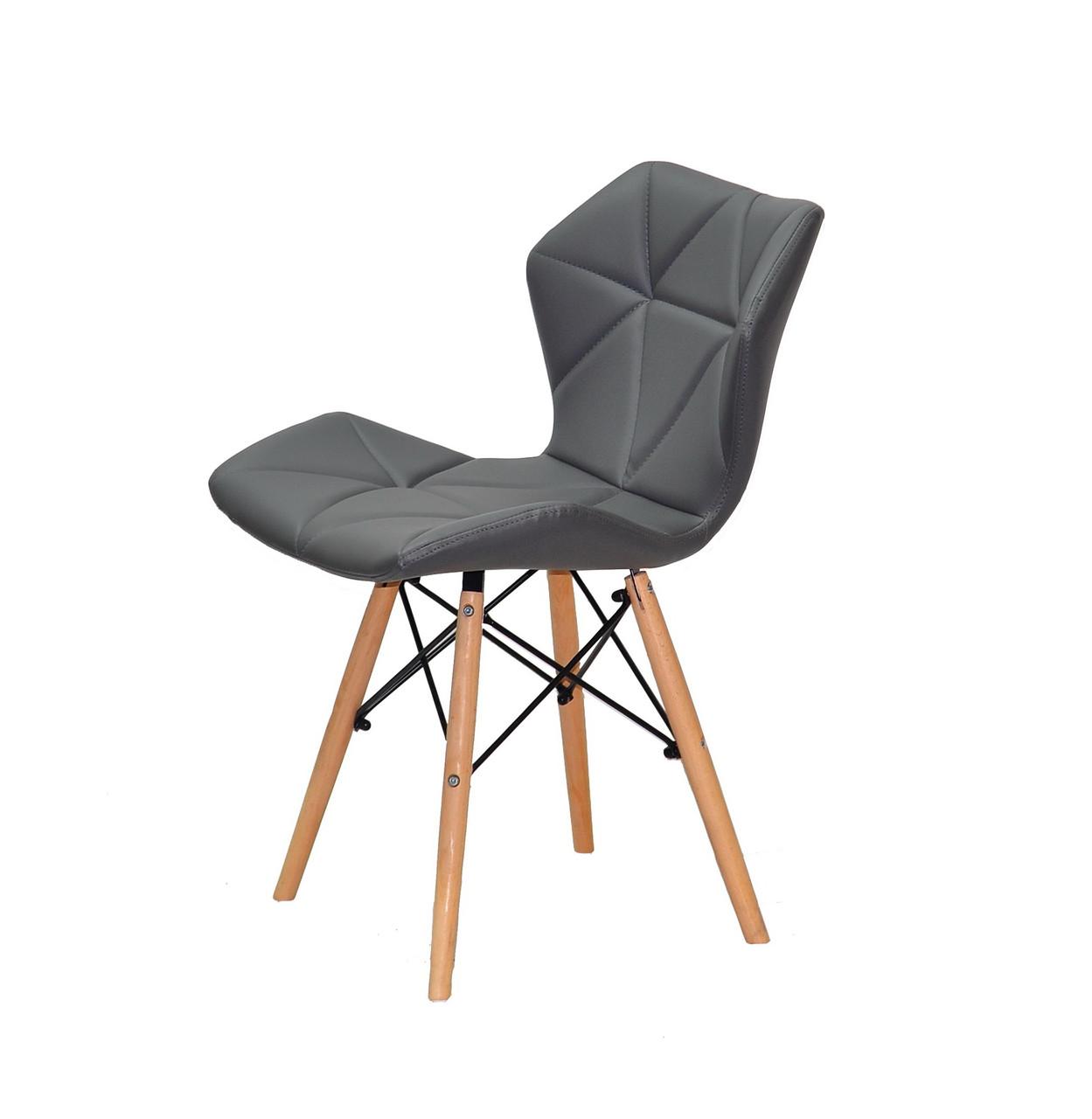 Серый обеденный стул на деревянных ножках с черной крестовиной в эко коже Greg