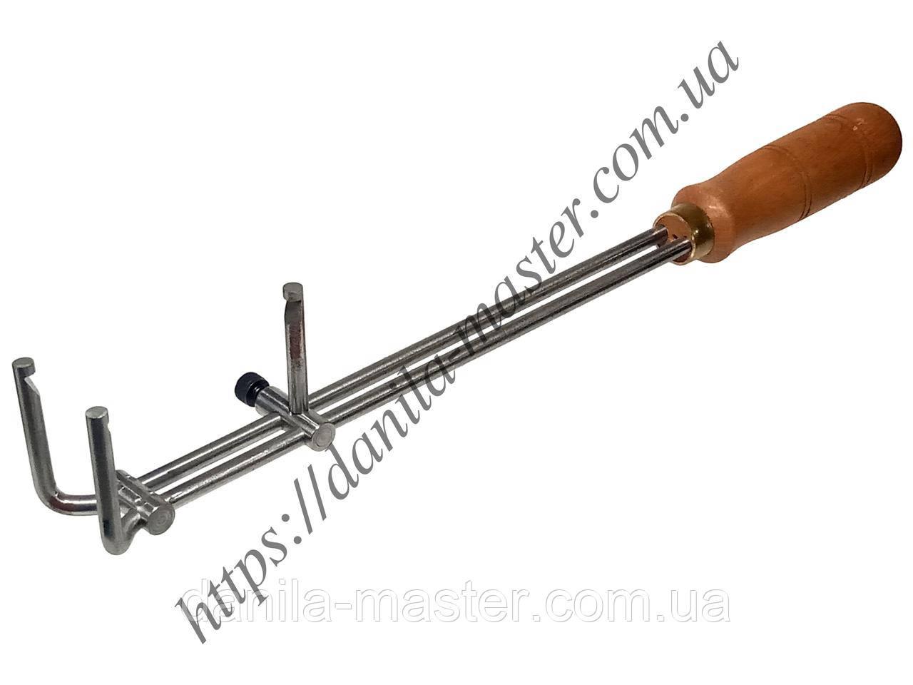 Тримач для тиглів з регульованим повзунком. Довжина - 350 мм