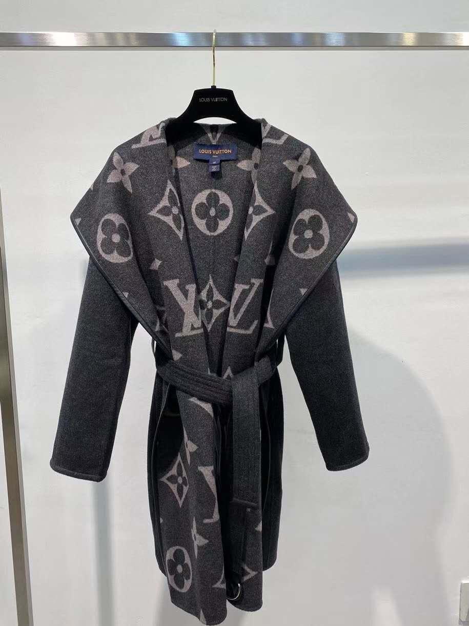 Женское пальто Louis Vuitton