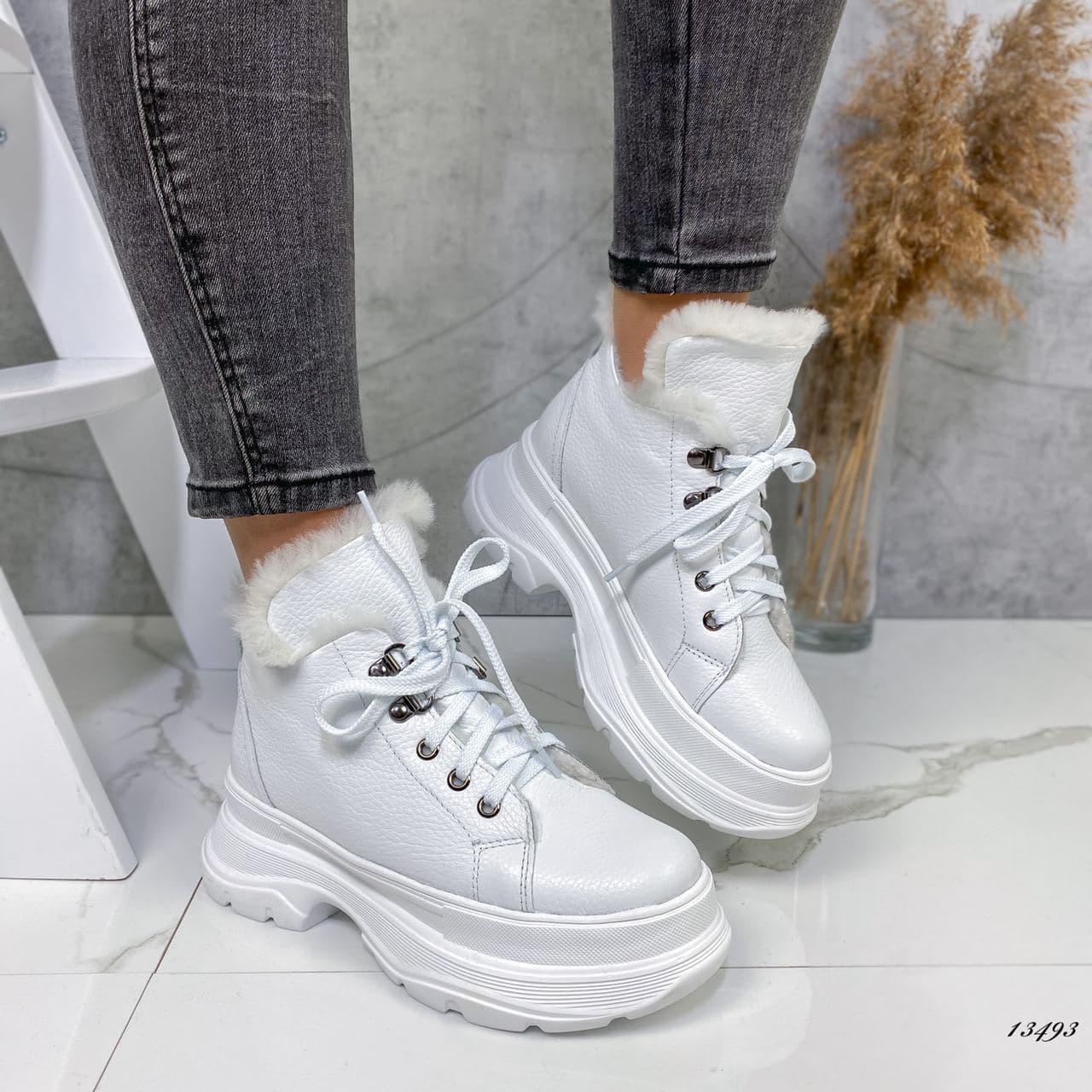 Ботинки женские кожаные на меху белые