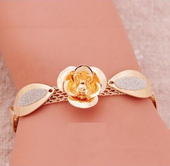 Шикарный позолоченный браслет цветок